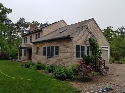 Marshfield roof cleaning professionals