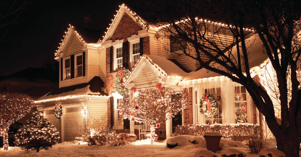 Christmas Light Installation In Cape Cod Ma Softwash