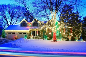 christmas light installation in cape cod